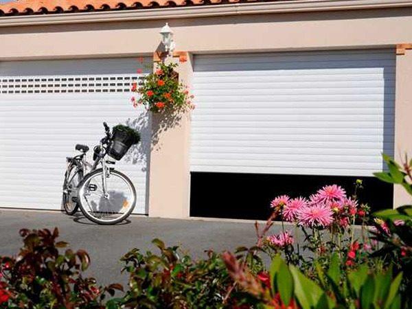 PRODUIT 5 porte-de-garage-enroulable-excelis-blanc-francefermetures