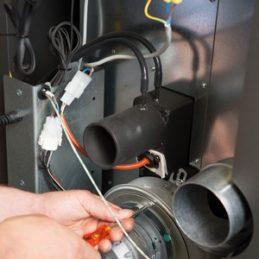Produit 3 et 4 Produit 7 -dics-energie-chauffage-Entretien poêle granulé