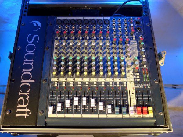Table mix soundcraft 8 LOC