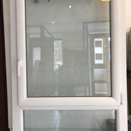 F. PVC blanc Produit 3