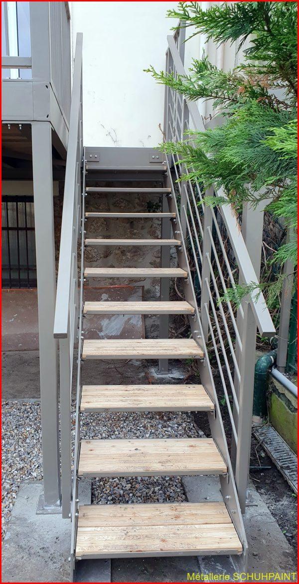 Escaliers exterieur (128)