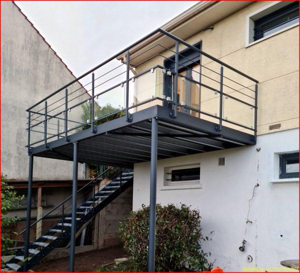 Terrasse sur pilotis (446)