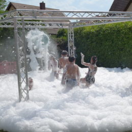 Mousse party, la party sexy dans votre jardin !
